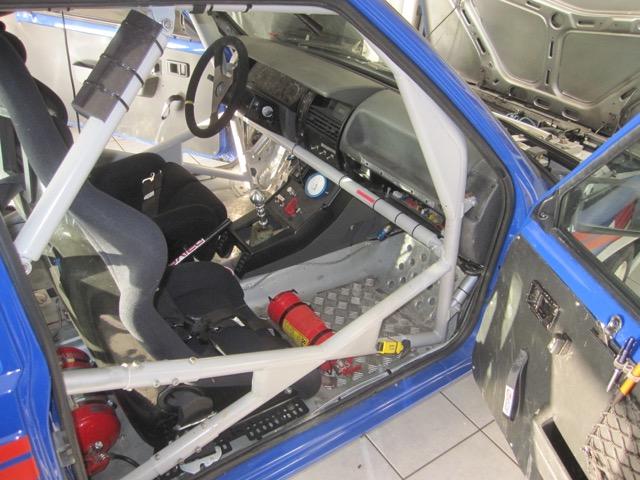 Intérieur de la R11 turbo de course, une invitation ?