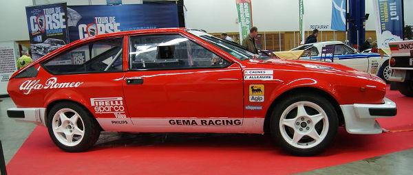 Alfa Roméo GTV6 grA vue de coté