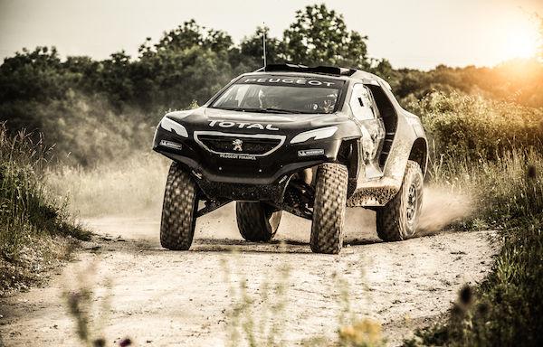 Peugeot 2008 DKR version noire
